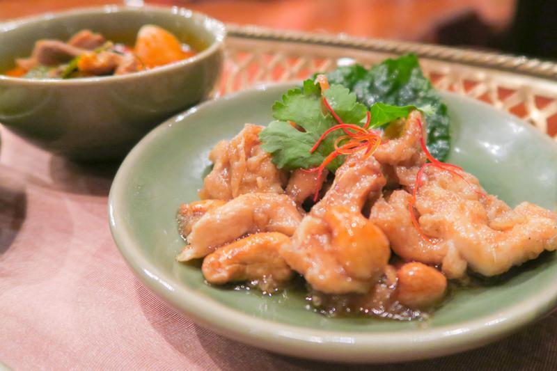 Thara Thong Restaurant: Authentic Thai Food and Dance Masterpiece Asia Bangkok Blog Food Thailand