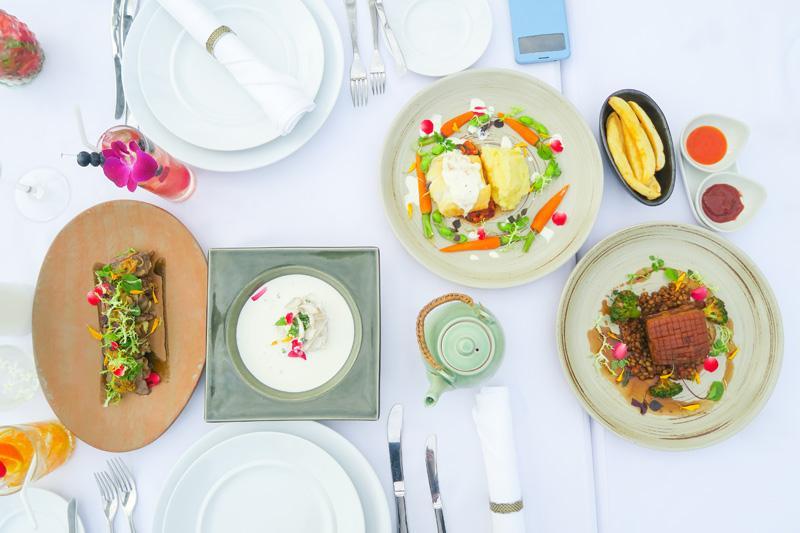 Above Riva Restaurant Review: Best View of Wat Arun Asia Bangkok Blog Food Thailand