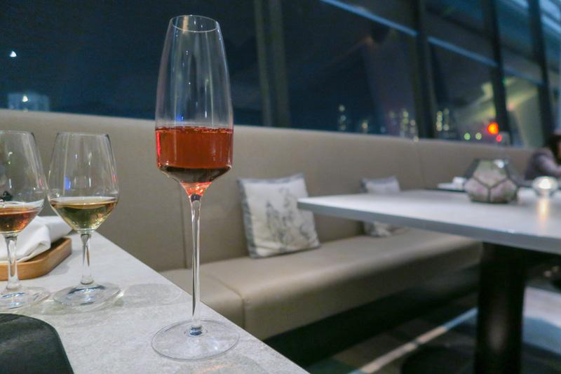 SKYE Restaurant and Bar Hong Kong: Superb Food, Drinks and Views in Hong Kong Asia Bars Blog Food Hong Kong
