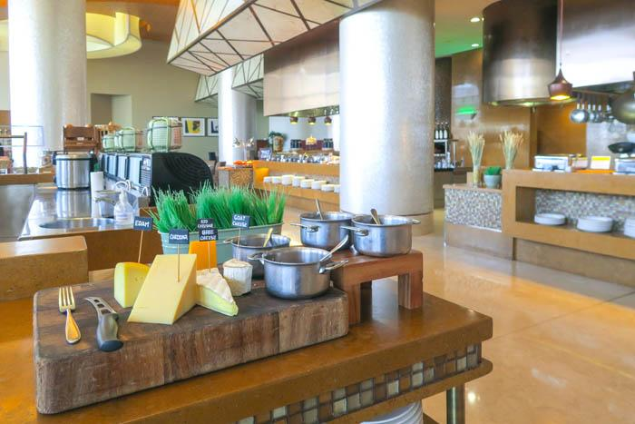 Swissôtel Al Ghurair Dubai Hotel Review Asia Blog Dubai Hotels United Arab Emirates